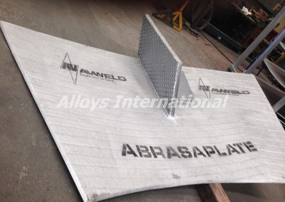 Cross Hatch AbrasaPlate® for high impact baffle plates